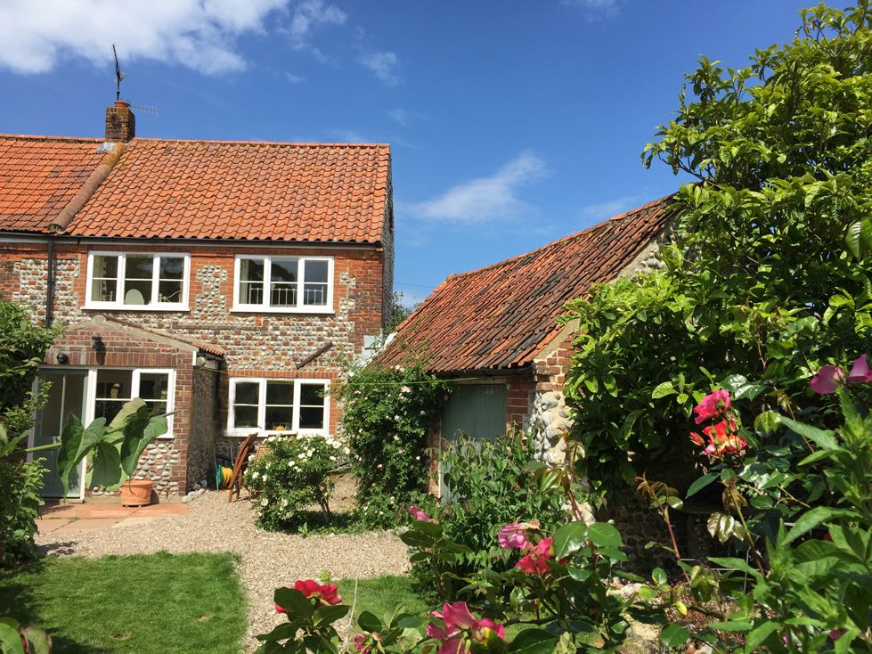 Cottages for sale in norfolk for Small and friendly holidays