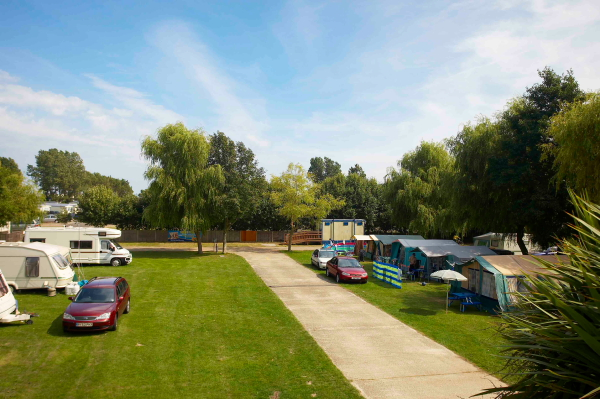 Luxury Eastfleet Caravan Park Is A  The Annual Site Rent For 2011 Is &1631,46500 And Includes All Charges Except Electricity, Which Is Metered, And Gas Which Is Bottled The Park Has A Strict No Dogs Policy There Is No Age Limit For Caravans