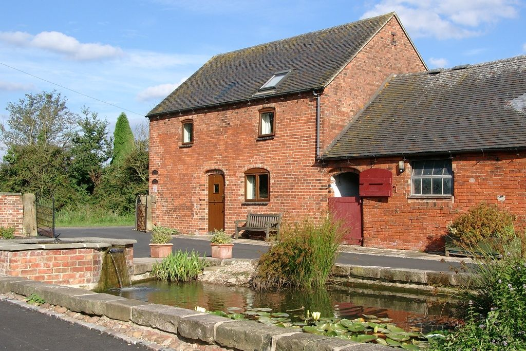 Self Catering Cottages Peak District Dog Friendly
